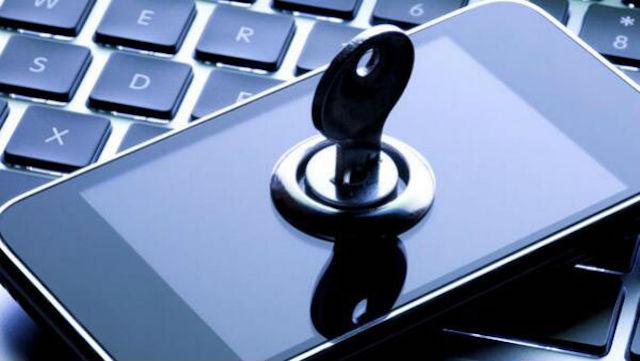 Un millón de multa por cada iPhone que Apple no 'abra'